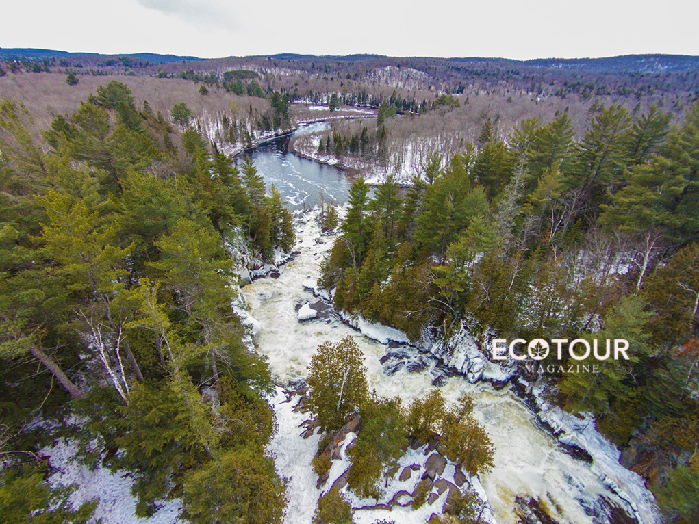 Must-Try Ragged Falls Frosty Waterfall Hike Along the Oxtongue River Trail